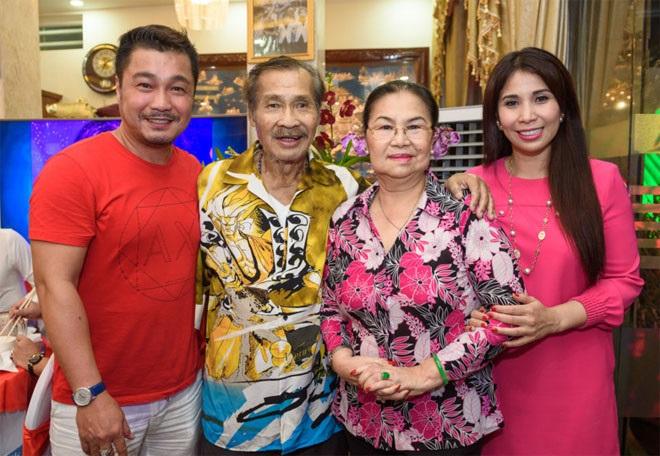 Điểm mặt những sao nam quá tứ tuần vẫn chưa chịu lấy vợ của showbiz Việt  - Ảnh 8