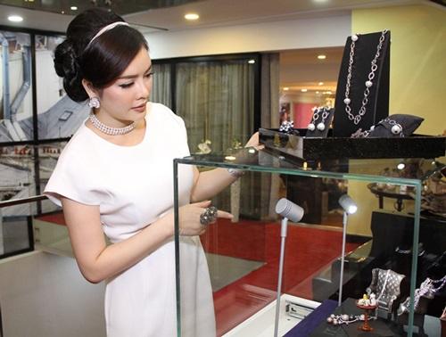 Khối tài sản kếch xù của những mỹ nhân chưa chịu lấy chồng của showbiz Việt - Ảnh 26