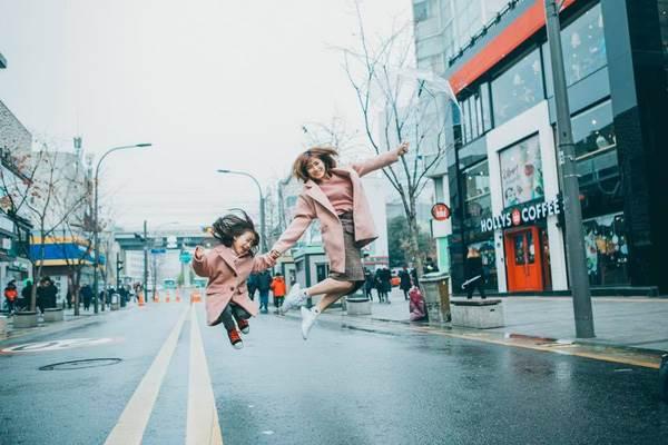 'Cùng nhau đi trốn' - Bộ ảnh xinh ơi là xinh của mẹ và con gái chụp ở Hàn Quốc - Ảnh 14