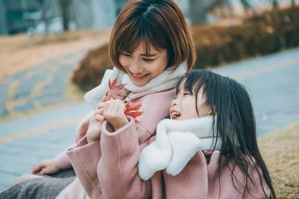 'Cùng nhau đi trốn' - Bộ ảnh xinh ơi là xinh của mẹ và con gái chụp ở Hàn Quốc - Ảnh 15