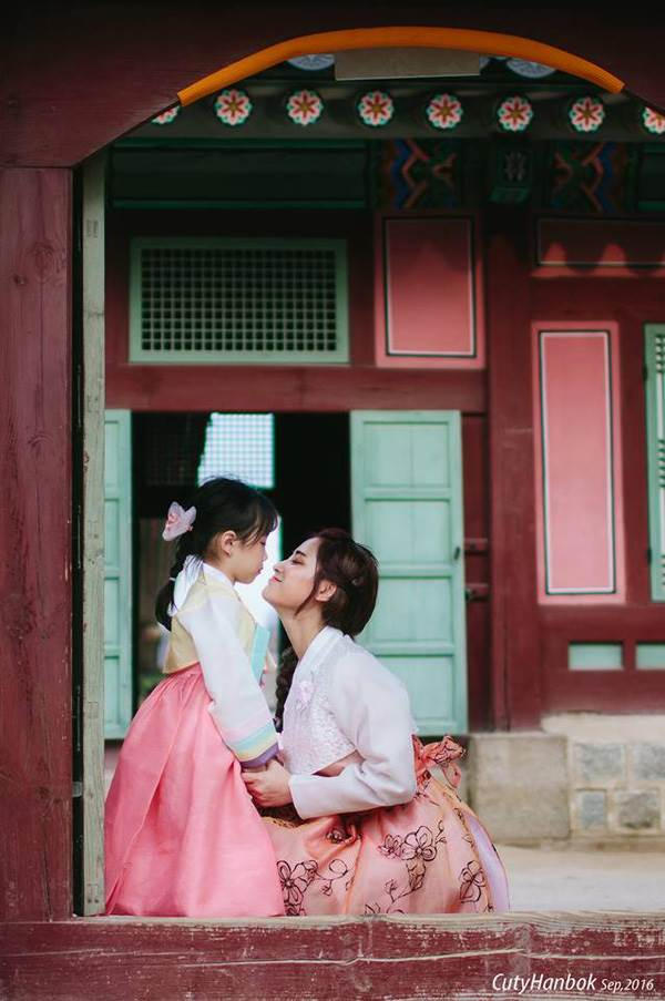 'Cùng nhau đi trốn' - Bộ ảnh xinh ơi là xinh của mẹ và con gái chụp ở Hàn Quốc - Ảnh 26