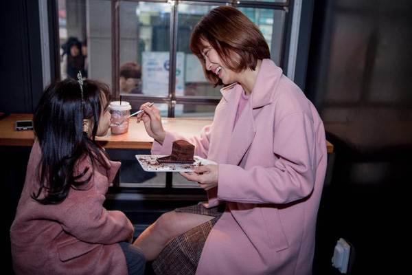 'Cùng nhau đi trốn' - Bộ ảnh xinh ơi là xinh của mẹ và con gái chụp ở Hàn Quốc - Ảnh 5