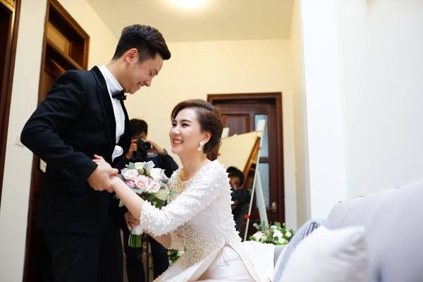 Một năm hỷ sự, sao Việt nào mặc đồ truyền thống đẹp nhất - Ảnh 15
