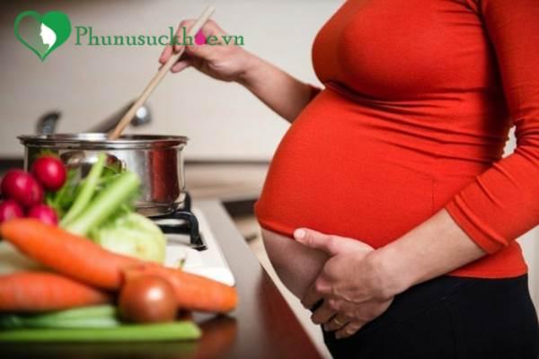 Phụ nữ mang thai có nên ăn rau ngót không? - Ảnh 1