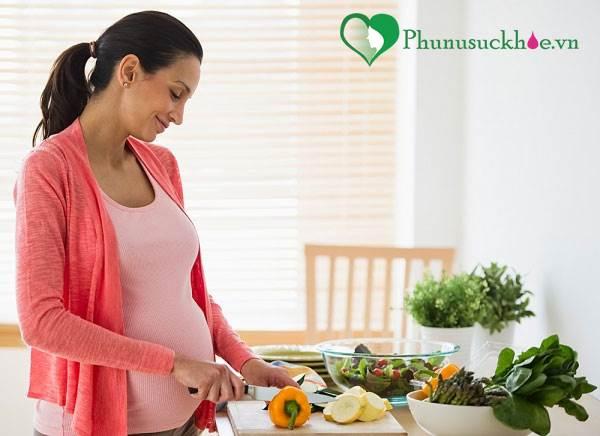 Phụ nữ mang thai đau dạ dày: Cần cẩn trọng! - Ảnh 2