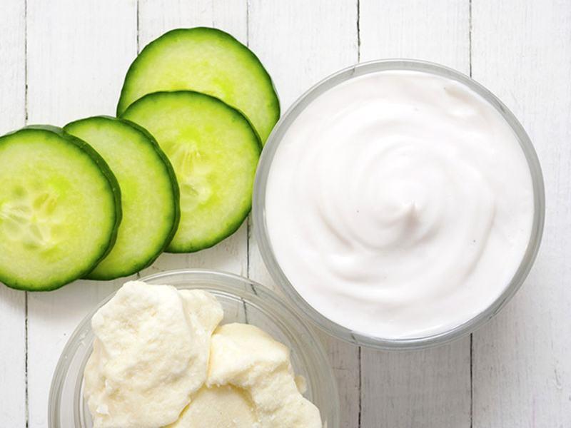 Công thức dưỡng trắng da trị mụn hiệu quả bằng mặt nạ sữa chua