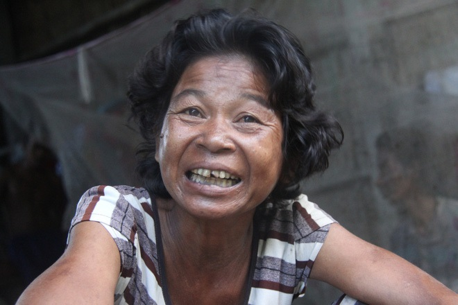 Cụ bà 85 tuổi xin từng bữa ăn nuôi 4 con tâm thần vừa nhập viện vì bạo bệnh: 'Bà sợ mình chết đi tụi nó không ai chăm sóc' - Ảnh 6
