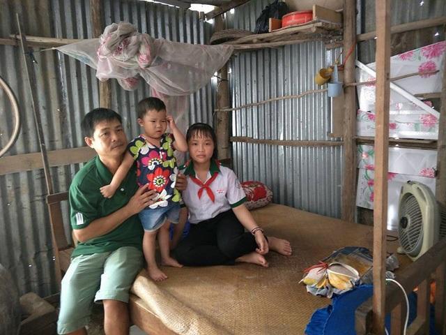 Mẹ qua đời, em gái bị ung thư máu, cô bé 14 tuổi thui thủi sống một mình để cha rảnh tay đưa em gái đi chữa bệnh nơi xa - Ảnh 2
