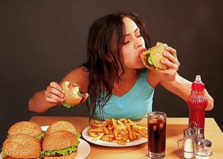 5 mẹo vặt cứ làm mỗi ngày, ăn uống 'thả ga' mà cân nặng vẫn giảm 'ầm ầm' - Ảnh 2