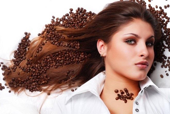 Gội đầu với cà phê – Mẹo mọc tóc nhanh đơn giản nhưng hiệu quả cao.