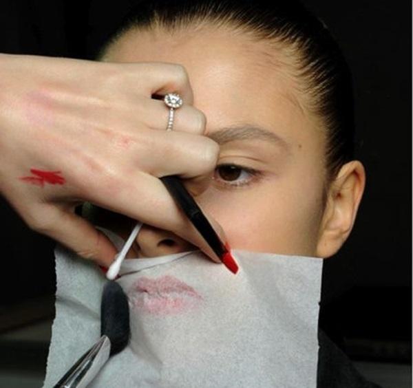 Mẹo vặt trang điểm cực hay dành cho phái đẹp