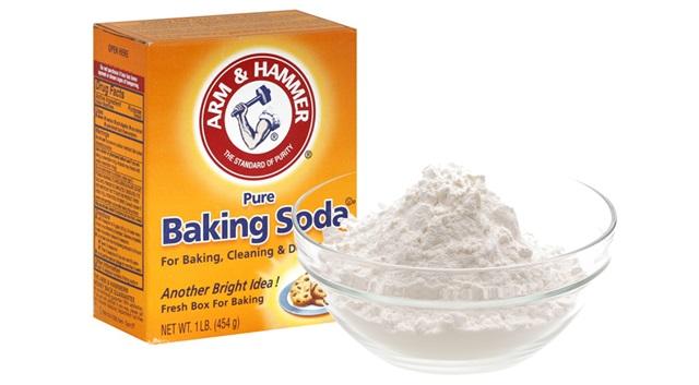 Baking Soda với nước là mẹo trị thâm nách sau sinh mà mẹ nào cũng áp dụng được