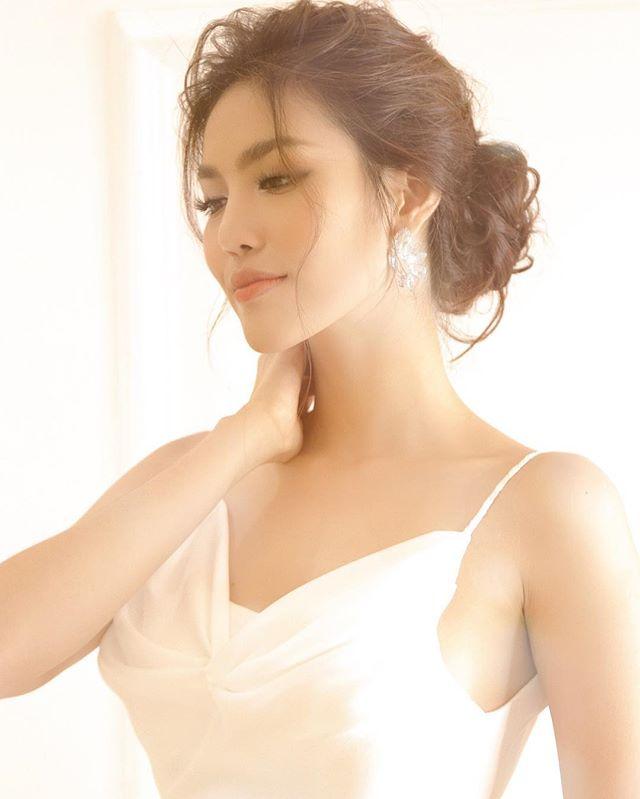 Cùng tuổi với H'Hen Niê nhưng 3 mỹ nhân Việt: Người vừa kết hôn, người có cơ hội tham dự Miss Universe  - Ảnh 10