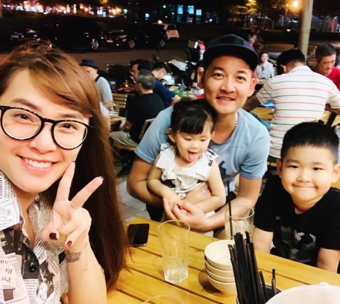 Loạt sao Việt làm mẹ trong năm Kỷ Hợi: Người khoe hớn hở, kẻ giấu kín - Ảnh 9