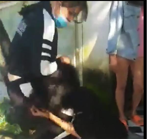 Hai thiếu nữ ở Quảng Nam bị đánh hội đồng dã man vì mượn tiền chưa trả - Ảnh 1
