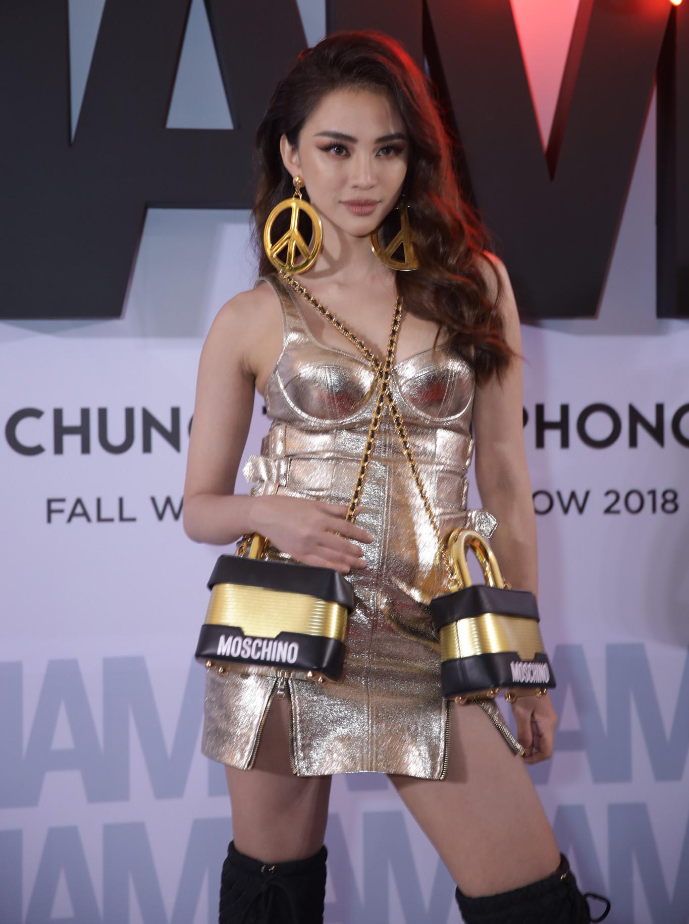Thảm đỏ show Chung Thanh Phong: Khi dàn sao nữ đồng loạt lên đồ như dự lễ hội Halloween - Ảnh 12