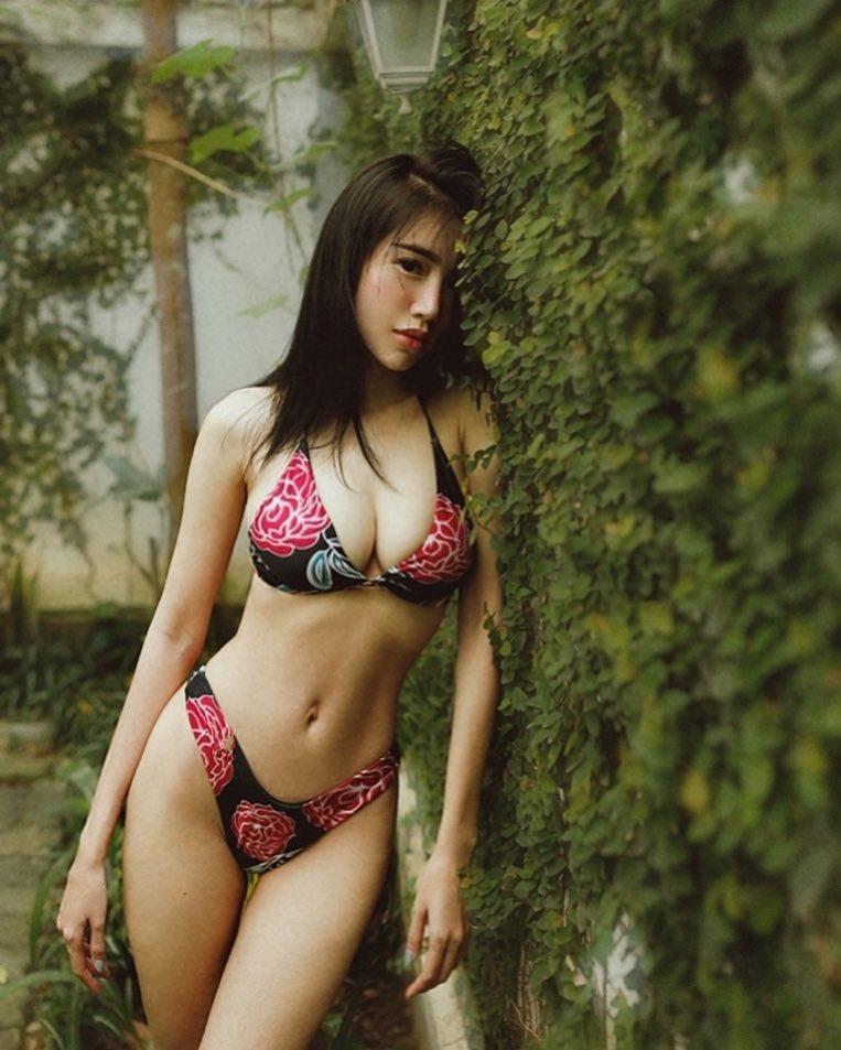 Elly Trần gây choáng khi khoe vòng 3 'trần như nhộng' nhưng lại 'giấu đi nét thương đau' - Ảnh 5