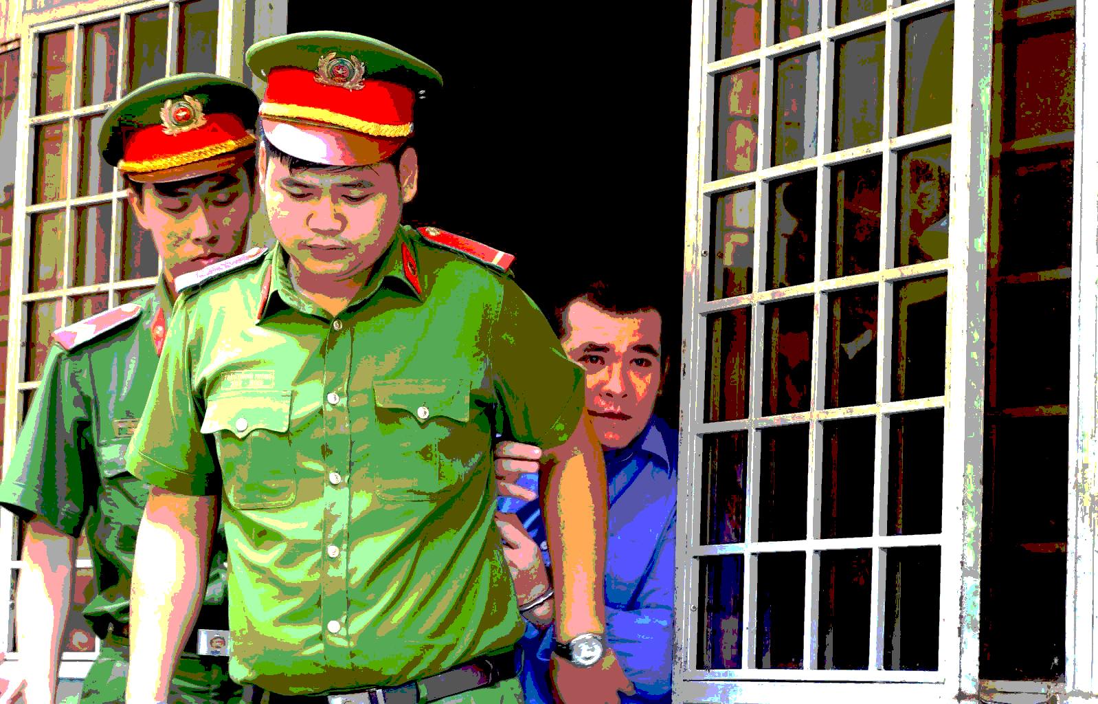 Thảm án ngoại tình: Con gái khóc nức nở xin tòa tha chết cho hung thủ đoạt mạng mẹ mình  - Ảnh 2