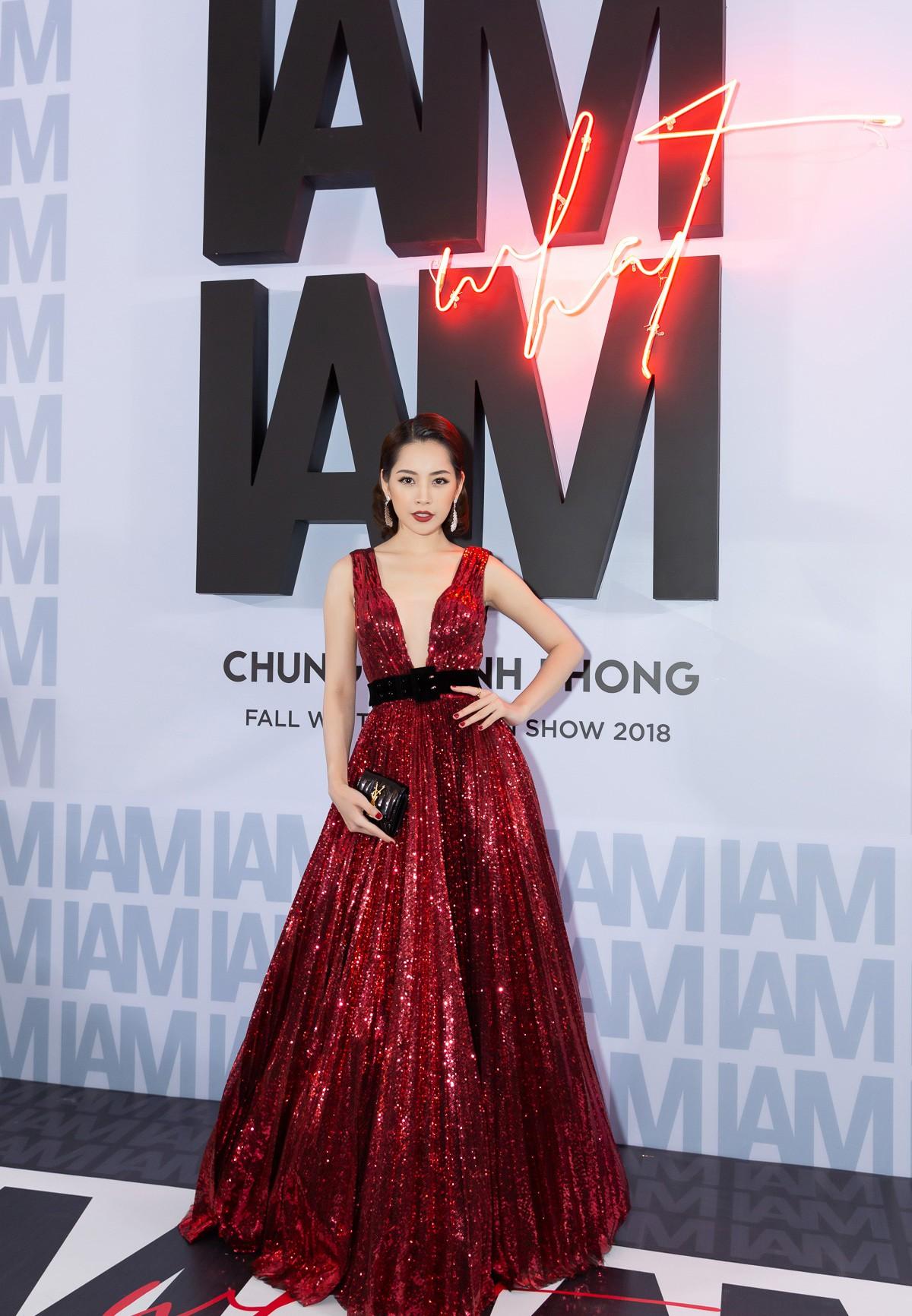 Thảm đỏ show Chung Thanh Phong: Khi dàn sao nữ đồng loạt lên đồ như dự lễ hội Halloween - Ảnh 1