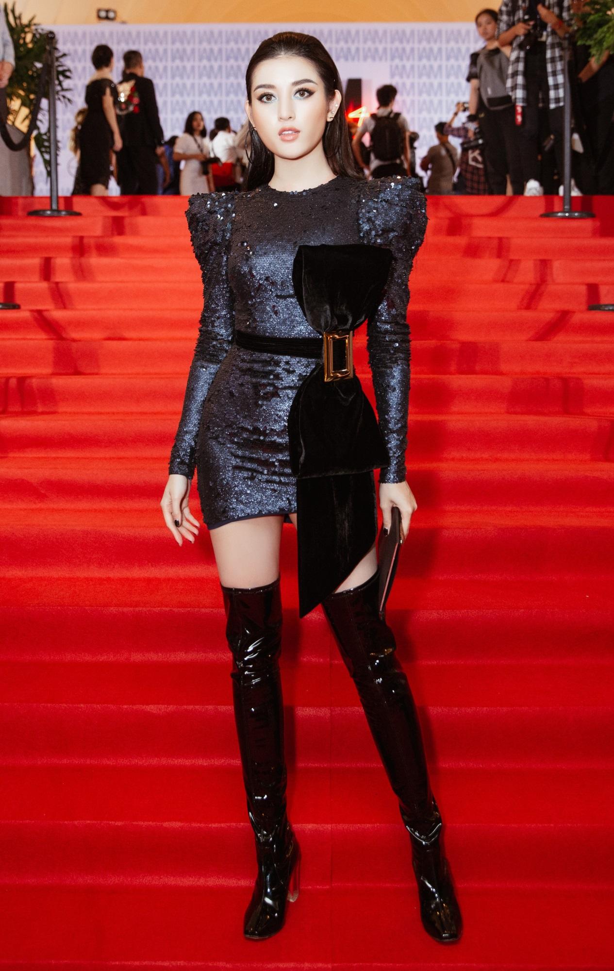 Thảm đỏ show Chung Thanh Phong: Khi dàn sao nữ đồng loạt lên đồ như dự lễ hội Halloween - Ảnh 15