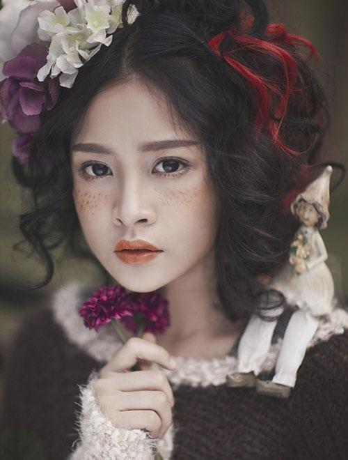 3 kiểu má hồng Hàn Quốc giúp bạn gái xinh xắn tự nhiên trong mùa lễ hội cuối năm - Ảnh 13