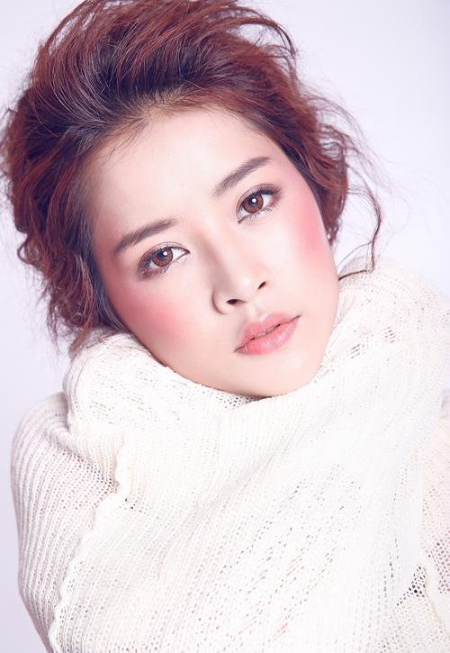 3 kiểu má hồng Hàn Quốc giúp bạn gái xinh xắn tự nhiên trong mùa lễ hội cuối năm - Ảnh 4