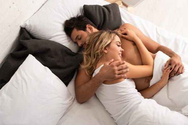 Đàn ông có những vùng 'SIÊU NHẠY CẢM', một cái chạm nhẹ cũng có thể khiến chàng 'BÙNG NỔ' 'cuộc yêu' - Ảnh 1