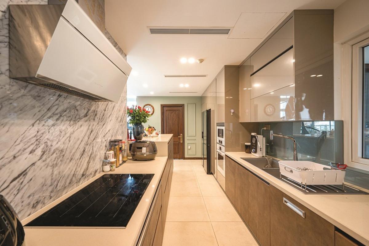 Căn hộ duplex đẹp sang trọng với phong cách tân cổ điển - Ảnh 5