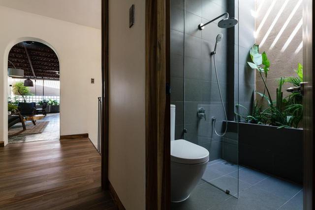 Mê mẩn nhà mái gỗ tuyệt đẹp, có sân thượng xanh mướt đủ loại cây ở Vũng Tàu - Ảnh 6