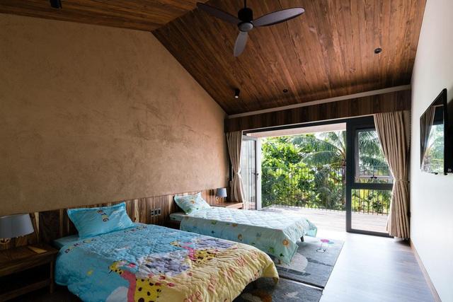 Mê mẩn nhà mái gỗ tuyệt đẹp, có sân thượng xanh mướt đủ loại cây ở Vũng Tàu - Ảnh 8
