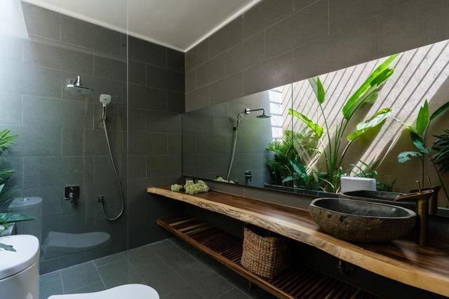 Mê mẩn nhà mái gỗ tuyệt đẹp, có sân thượng xanh mướt đủ loại cây ở Vũng Tàu - Ảnh 10