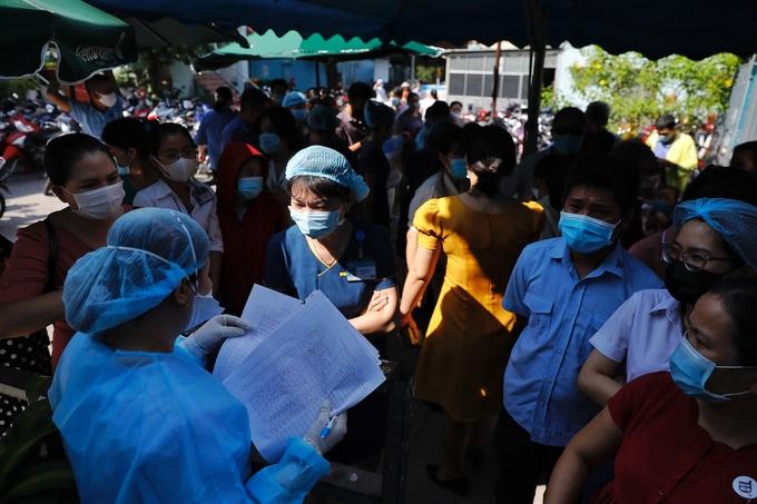 94 người TP HCM tiếp xúc bệnh nhân Covid-19 Đà Nẵng - Ảnh 1