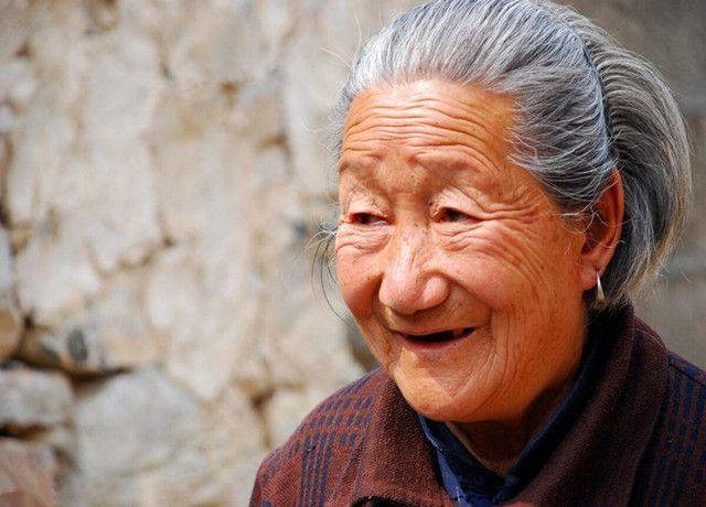 Cụ bà 118 tuổi chia sẻ bí quyết trường thọ để gan khỏe mạnh như người 40 tuổi chính là mỗi ngày uống nước này - Ảnh 1
