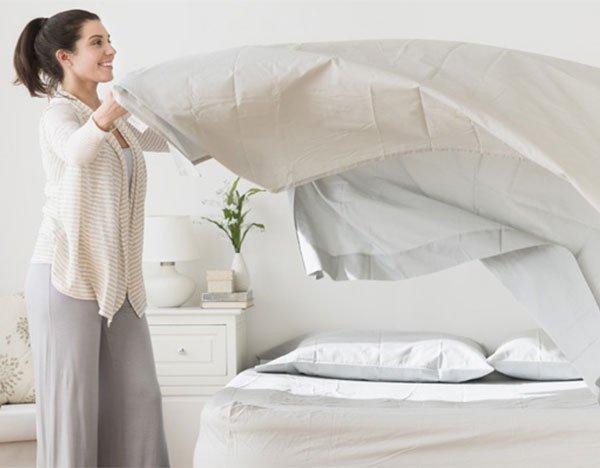 Những căn bệnh nguy hiểm mà bạn phải sống chung nếu như lâu ngày không giặt chăn, ga, gối, nệm - Ảnh 2