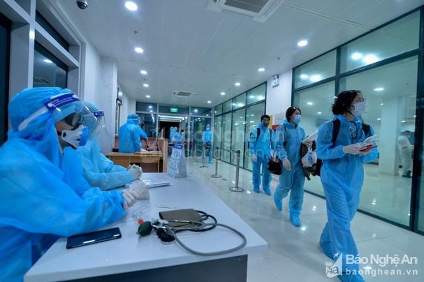 Nghệ An: Hai người trở về từ Nhật Bản dương tính với SARS-CoV-2 - Ảnh 1