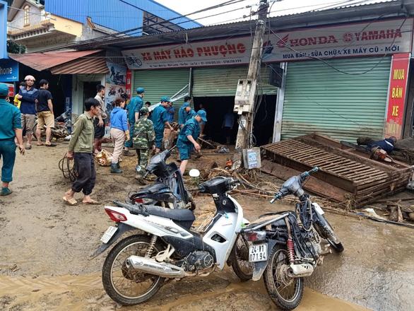 Lũ ống trong đêm ở Lào Cai, ít nhất 2 người chết, 1 người mất tích - Ảnh 4