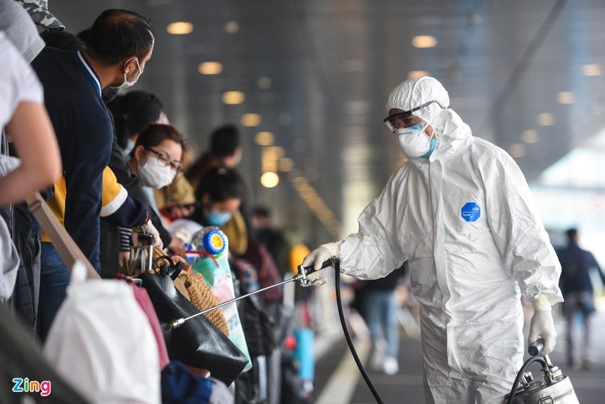 4 nguy cơ có thể khiến dịch Covid-19 xâm nhập Việt Nam - Ảnh 2