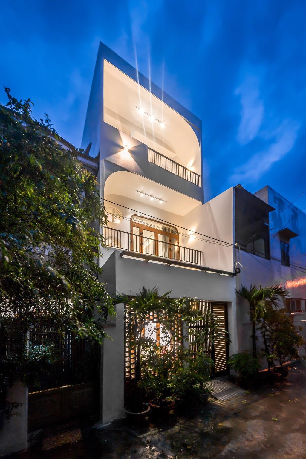 Kiến trúc sư trẻ cải tạo căn nhà cũ tặng ba mẹ tại Nha Trang - Ảnh 11
