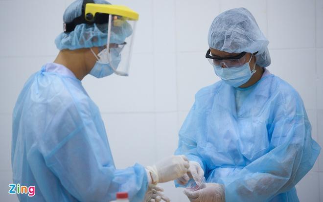 Chuyên gia Hàn Quốc dương tính nCoV tiếp xúc 38 người ở TP.HCM - Ảnh 1