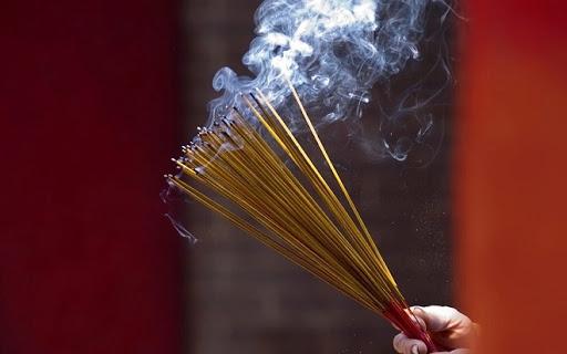 5 ảnh hưởng nghiêm trọng của khói hương đối với sức khỏe, thậm chí có thể gây ung thư - Ảnh 1