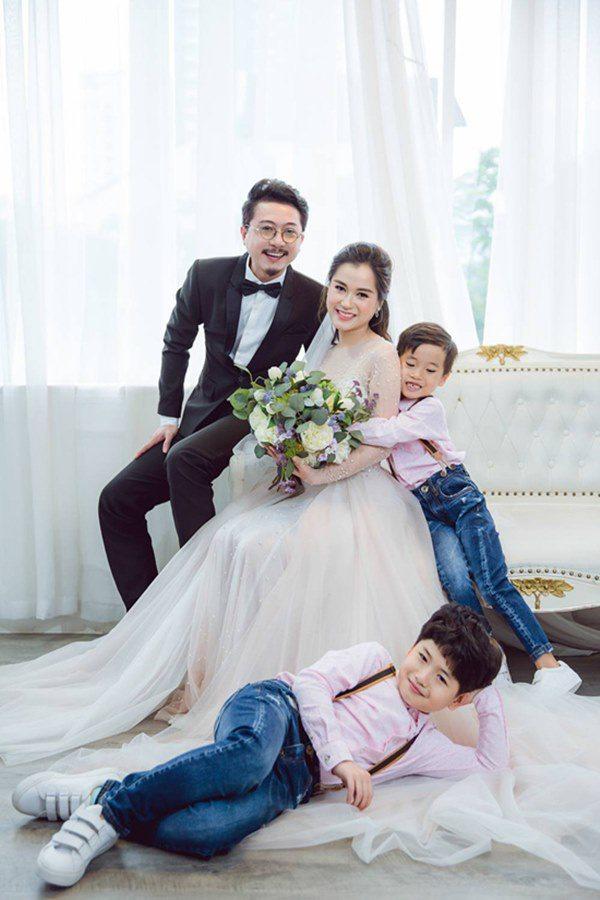 20 tuổi cưới chồng, sinh liền 2 con, Lâm Vỹ Dạ được mẹ chồng đối xử ra sao? - Ảnh 1