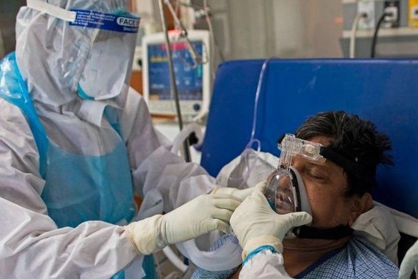 Y tá Ấn Độ: 'Tôi chưa từng chứng kiến điều gì kinh khủng như lúc này' - Ảnh 2