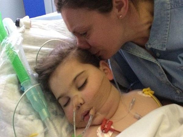 Bé gái 5 tuổi qua đời vì căn bệnh ung thư hiếm gặp, không một đứa trẻ nào có thể sống sót khi mắc phải căn bệnh quái ác này - Ảnh 1