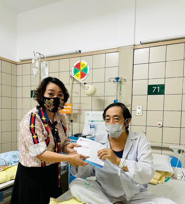 Nghệ sĩ Giang Còi phải nhập viện vì ung thư chuyển nặng, ra máu nhiều - Ảnh 2