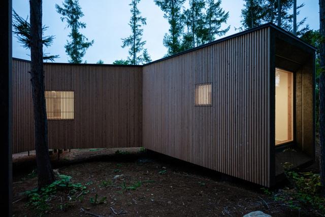 Nhà nghỉ dưỡng bằng gỗ ẩn mình giữa rừng cây ở Hokkaido, Nhật Bản - Ảnh 6