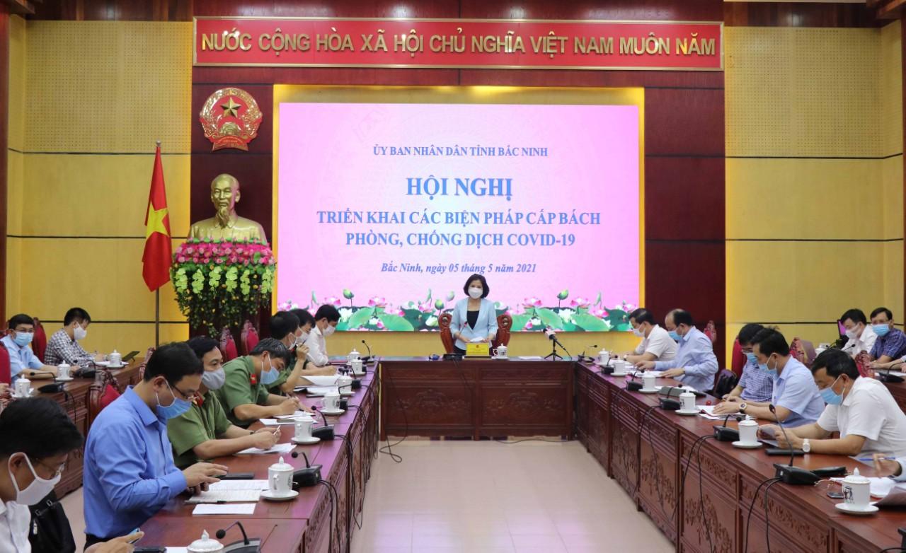 Có 2 ca COVID-19 liên quan BV Nhiệt đới TW, Bắc Ninh họp khẩn trong đêm - Ảnh 1