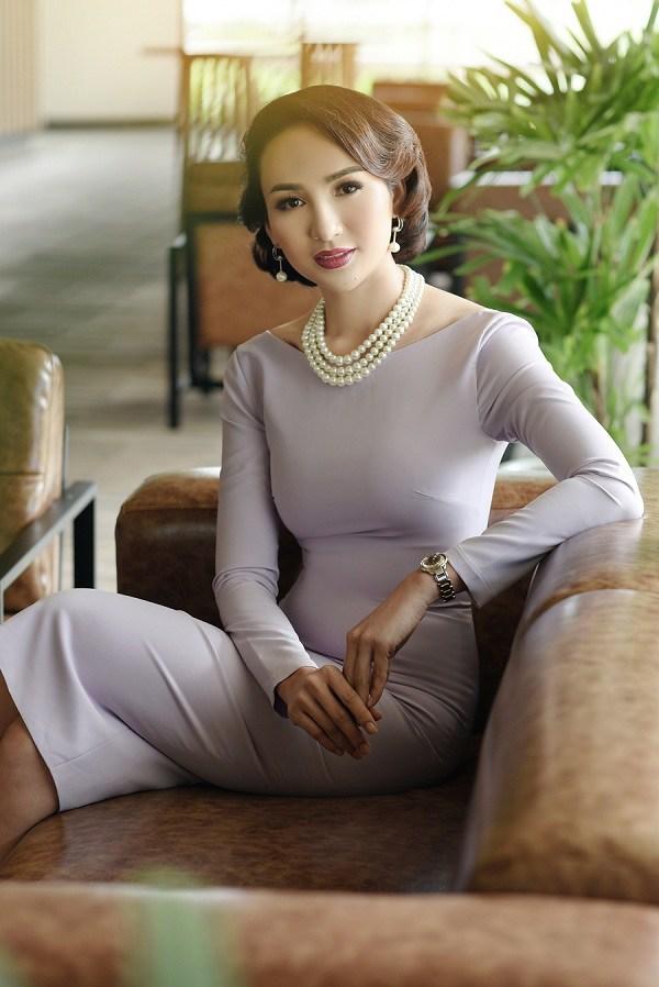 Ngại mặc hở mà muốn trông quyến rũ hơn, nàng cứ chọn những trang phục này là đủ ghi điểm - Ảnh 7