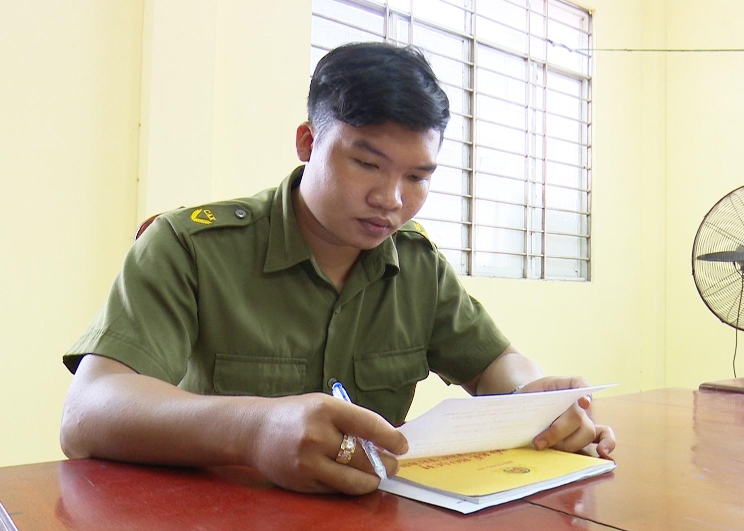 An Giang: Nhiều công an viên bán chuyên trách đăng ký tham gia lực lương phòng chống dịch nơi tuyến đầu - Ảnh 3