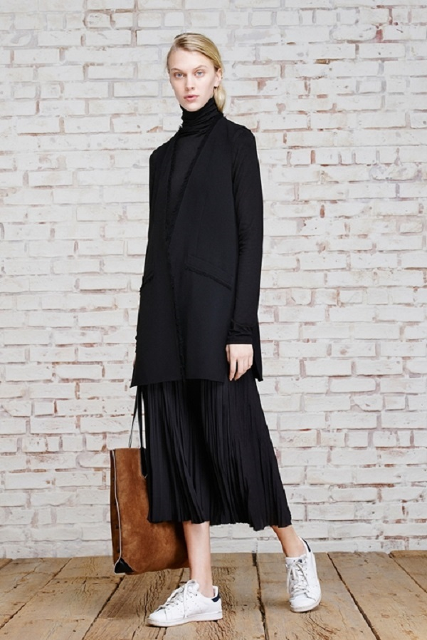 'Bí kíp' 1001 cách phối đồ với chân váy dài khiến nàng vừa xinh vừa sành điệu - Ảnh 1