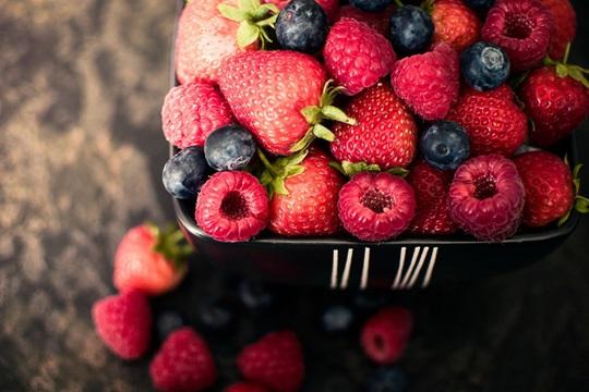 Top 10 thực phẩm kìm hãm quá trình lão hóa đến mức tối đa, ăn càng nhiều càng trẻ - Ảnh 1